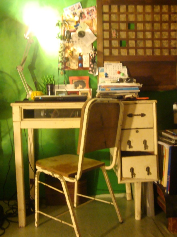 small study table and a stable chair