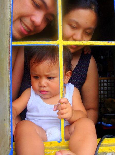 simple pero malakas ang dating Pero ang pagmamahal ng babae sa crush tung kantang to kaya kung may kaklase katung lalaki na malakas ang dating read our simple tips.